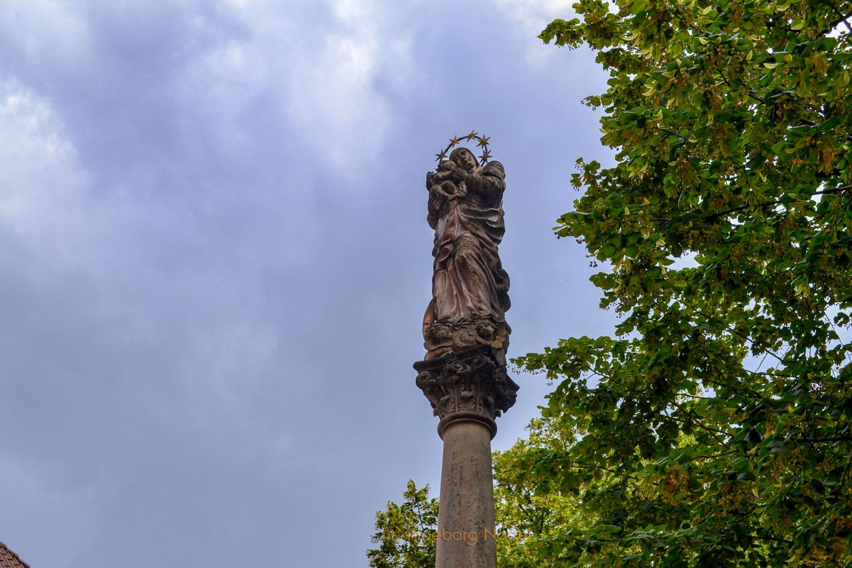 Mariensäule Heilig-Kreuz-Münster Schwäbisch Gmünd