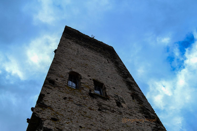 Burg Metternich über Beilstein an der Mosel