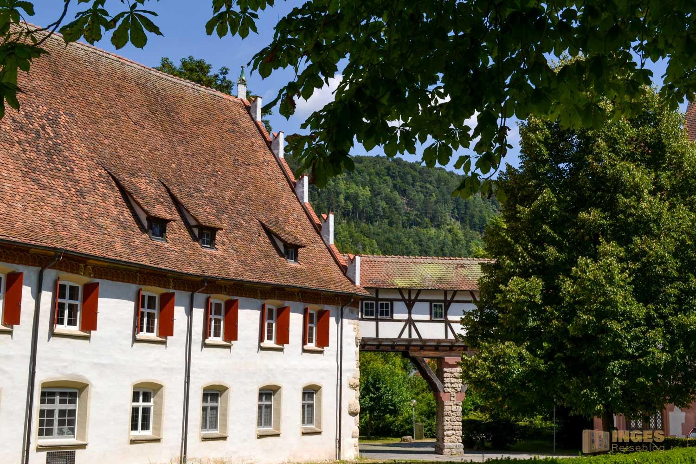 Ein Gebäudetrakt des Klosters in Blaubeuren.