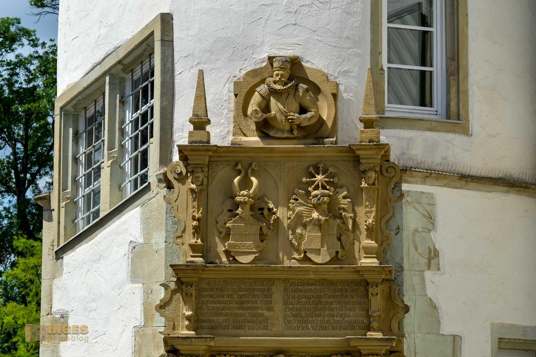 Das Portal am Treppenturm des Wasserschlosses in Bad Rappenau.