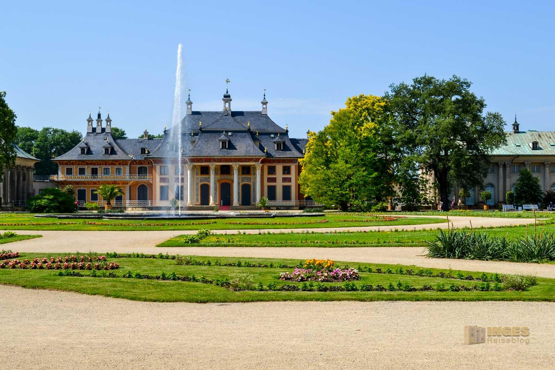 Lustgarten und Bergpalais Schloss Pillnitz