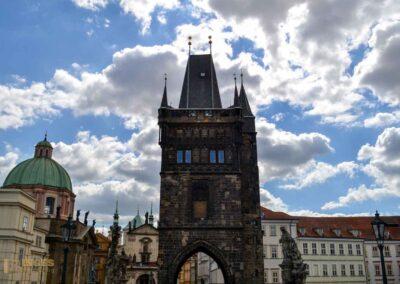 Altstädter Brückenturm an der Karlsbrücke in Prag