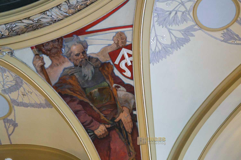 Die Deckengemälde im Oberbürgermeistersaal im Prager Gemeindehaus