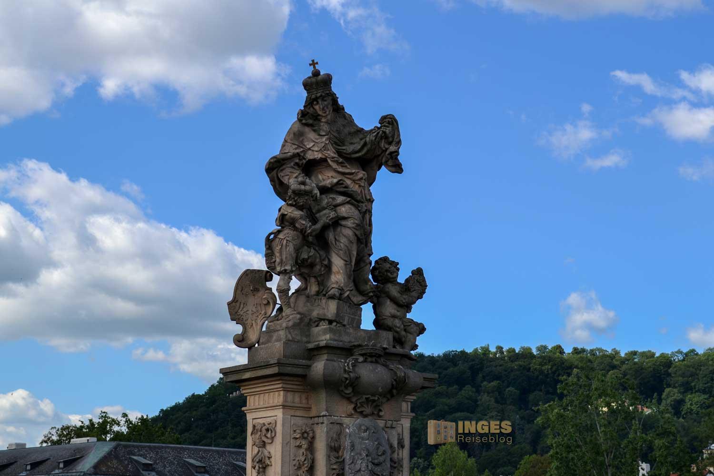 Die Heiligen Ludmilla und Wenzel auf der Karlsbrücke
