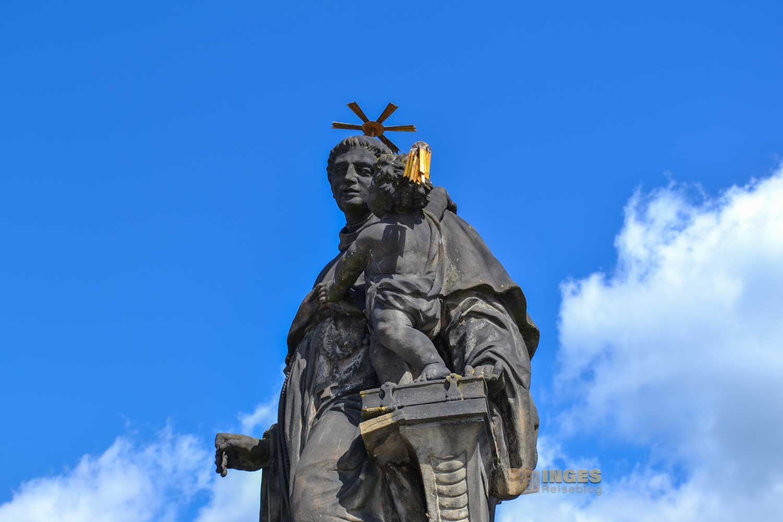 Der Hl. Antonius von Padua in Prag auf der Karlsbrücke