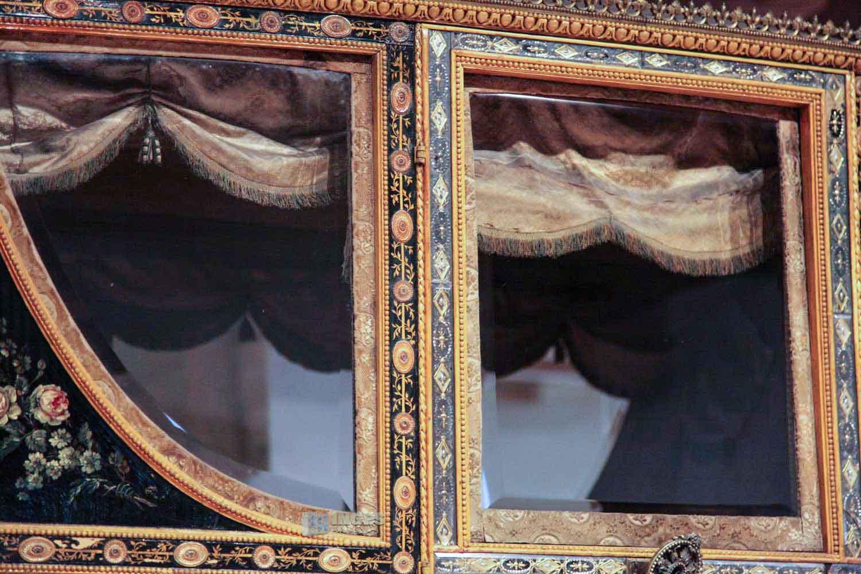 Krönungskutsche im Kutschenmuseum auf Schloss Augustusburg