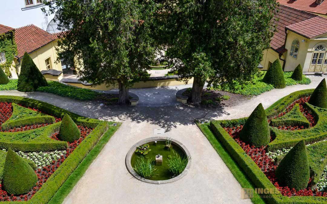 Der Vrtba Garten (Vrtbovská zahrada) auf der Prager Kleinseite