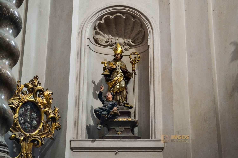 Johannes-Nepomuk-Kapelle in der St.-Georgs-Basilika auf der Prager Burg