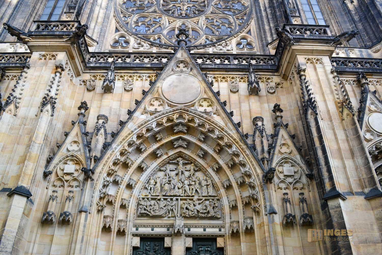 Hauptportal Veitsdom in Prag