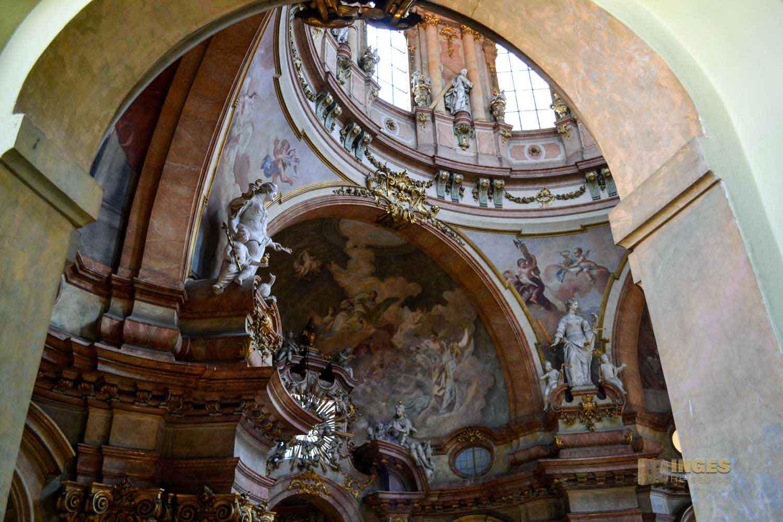 Kuppel in der St.-Nikolaus-Kirche auf der Prager Kleinseite