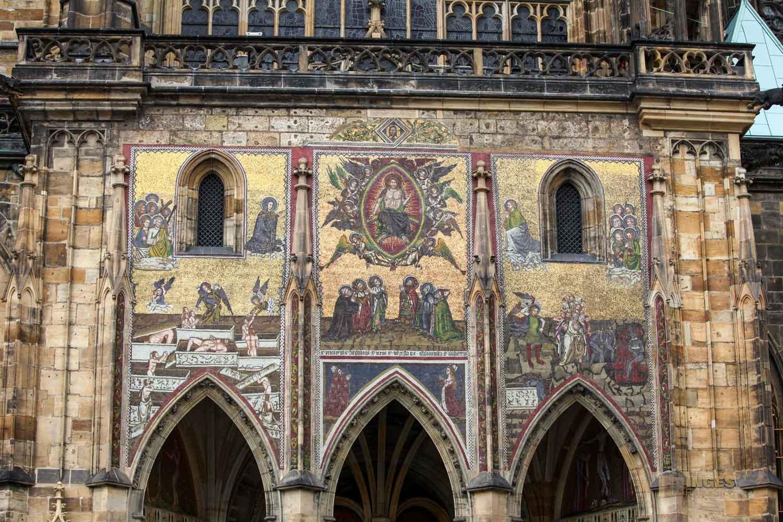 Goldene Pforte Veitsdom in Prag