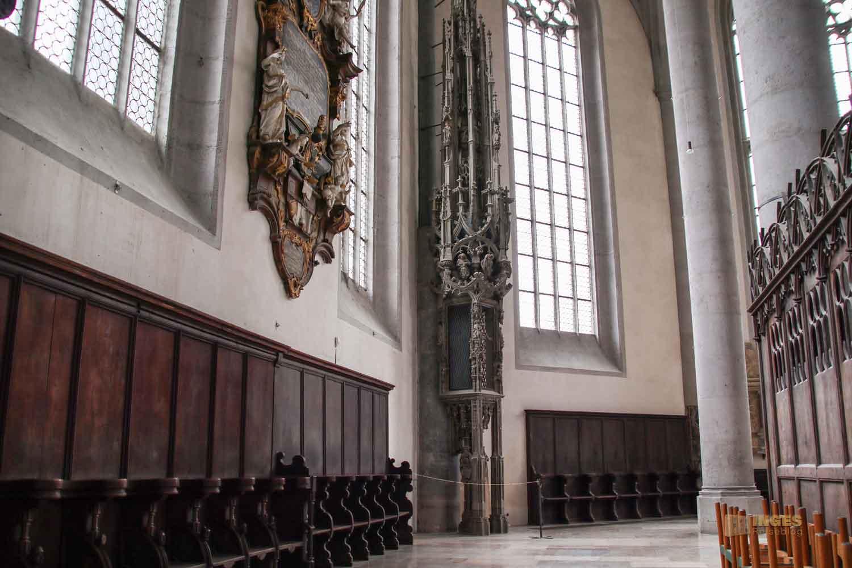 Sakramentshäuschen Münster St. Georg in Nördlingen 0495