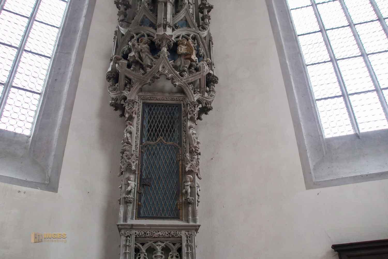 Sakramentshäuschen Münster St. Georg in Nördlingen 0515