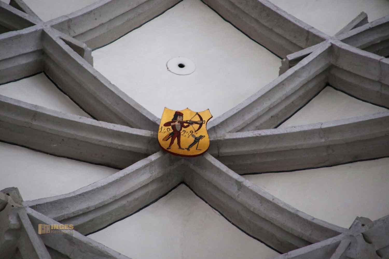 Gewölbe und Schlußsteine in St. Georg in Nördlingen