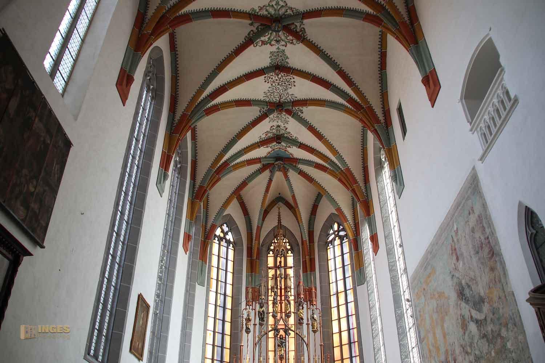 Chorraum in der St. Salvator Kirche in Nördlingen