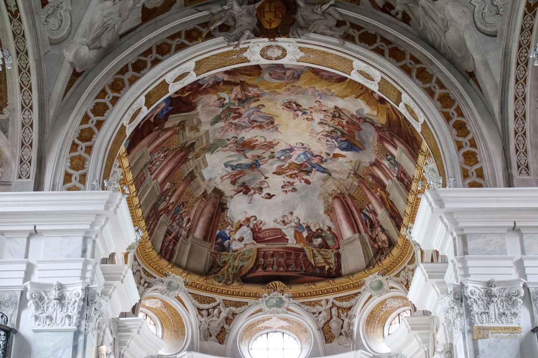 Deckengemälde in der Evangelischen Stadtkirche in Ellwangen