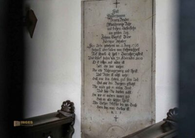 Grabplatte St.-Antonius-Kapelle in Schrezheim