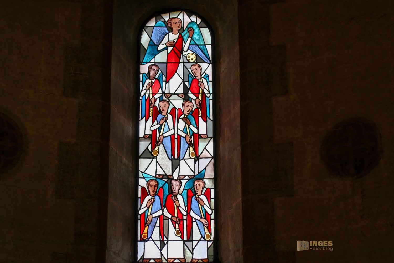 Chorfenster in der Stiftskirche Faurndau 0582