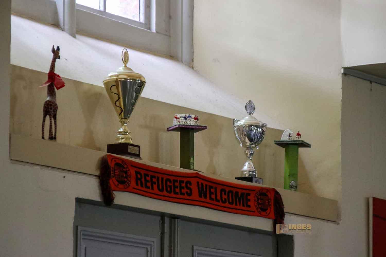 Pokale in der St. Pauli Kirche Hamburg 5790