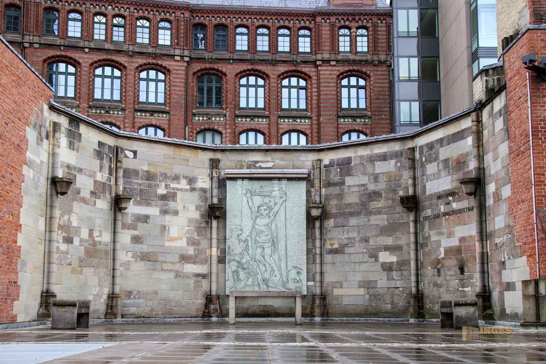 Ecce homo im Mahnmal St. Nikolai Hamburg 7690