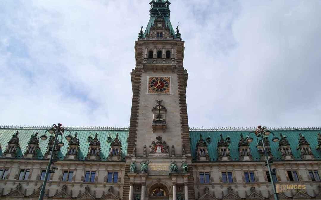 Das Hamburger Rathaus – außen