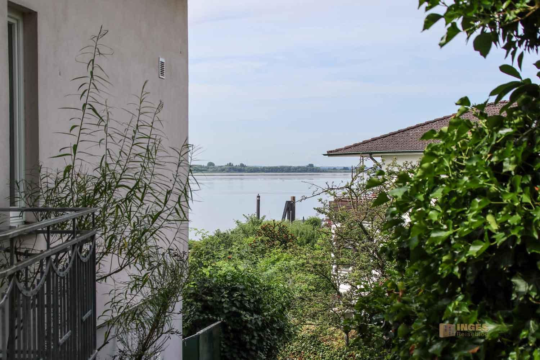 Treppenviertel Blankenese Blick auf die Elbe 0781