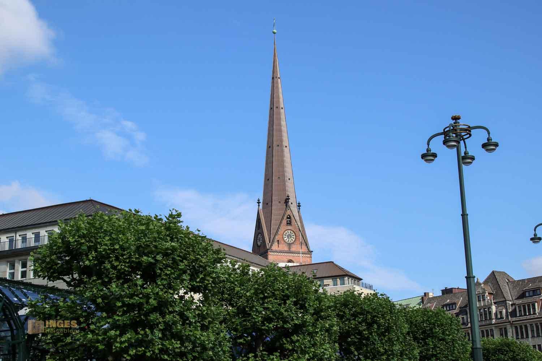 Turm St. Petri Kirche in Hamburg 7838
